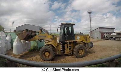sacs, bulldozer, timelapse, works., machinerie construction, fertilisant, transport