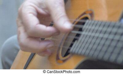 sain, guitare strumming, mains, acoustique, personne agee, jouer, homme