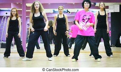 salle, danse, danse, filles, ensemble, cinq, miroir