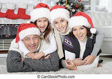santa, noël heureux, préparer, chapeaux, famille