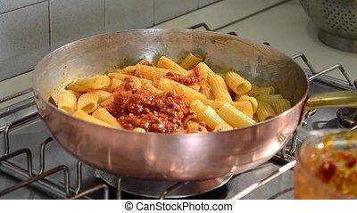 sauce bolognese, viande