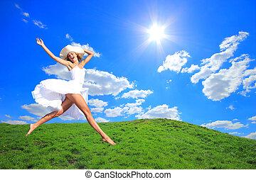 sauter, joie, colline, herbe