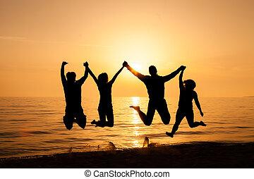 sauter, plage, quatre, amis