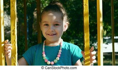 school., 4k., applaudir transmet, avoir, education, bébé, rire, kindergarten., amusement, enfants, enfant, girl