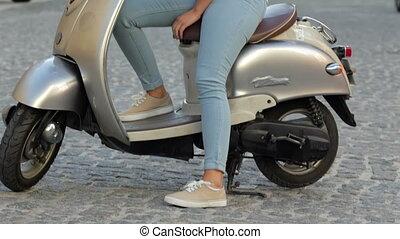 scooter, séance femme