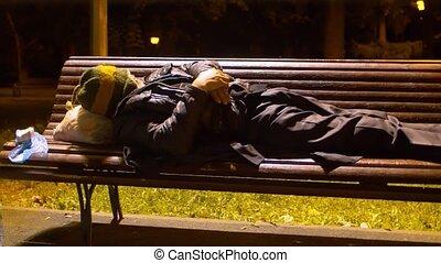 sdf, banc, sommeil homme, parc