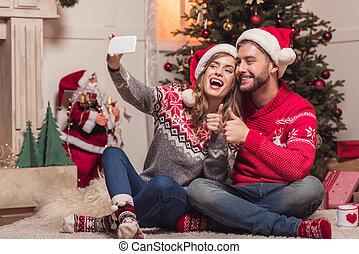 selfie, chapeaux, couple, prendre, santa