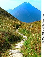 sentier montagne