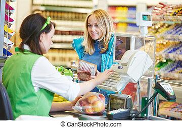 shopping., magasin, chèque, supermarché, dehors