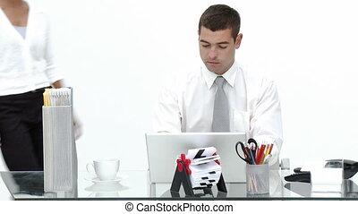 sien, conversation, fonctionnement, homme affaires, femme affaires, bureau