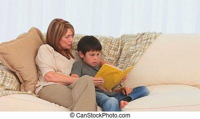 sien, grand-mère, petit-fils, livre lecture
