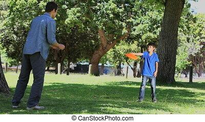sien, père, fils, jeu frisbee