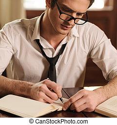 sien, thoughts., séance, auteur, jeune, écriture, sketchpad, quelque chose, table, capturer, beau