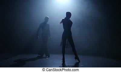 silhouette, danse salle bal, couple, élément, arrière-plan., fumée, jive