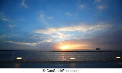 soir, pont, en mouvement, mer, bateau, vue