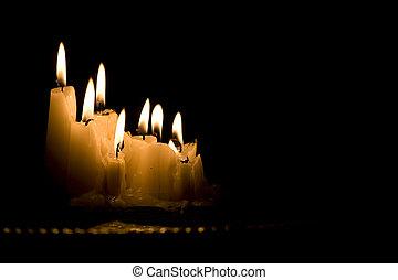 sombre, bougies, blanc, groupe, brûlé