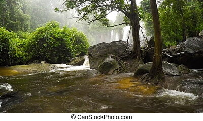 son, tourbillons, plongeon, autour de, après, galets, eau, chute eau, cambodge