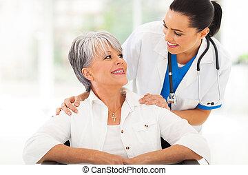 soucier, personne agee, patient, docteur
