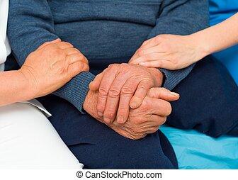 soucier, personnes agées, mains