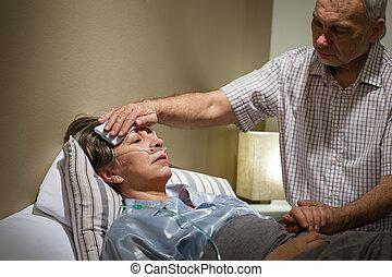 soucier, sien, épouse, portion, malade, homme aîné