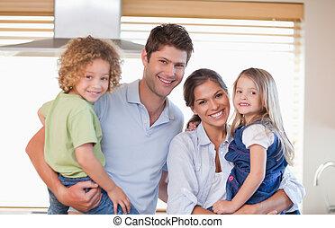 sourire, famille poser