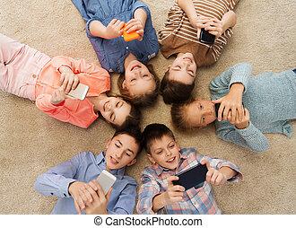 sourire, plancher, cercle, enfants, mensonge, heureux