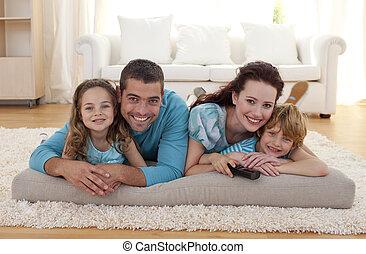 sourire, salle séjour, famille, plancher