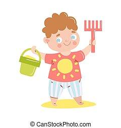 sourire, seau, style., t-shirt, heureux, râteau, vecteur, illustration, sand., bébé, dessin animé, mignon, debout, tenue, plat, rouges