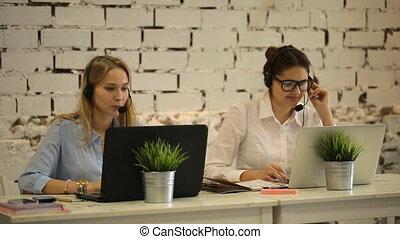 soutien, fonctionnement, opérateur, téléopérateur, client