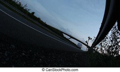 (speedway), autoroute, crépuscule
