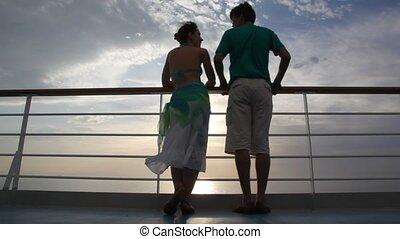 stands, pont, couple, croisière, pourparlers, bateau