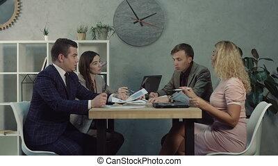 stratégies, discuter, directeurs, equipe affaires
