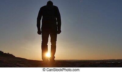 style de vie, stands, freedom., main, coucher soleil, silhouette, falaise, côtés, homme