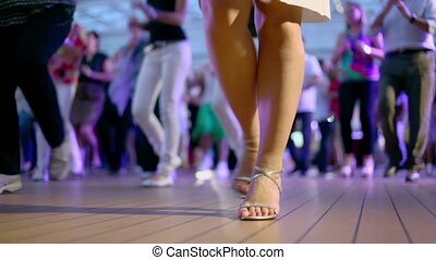 style, latin, gens, danse, beaucoup, américain, mains, applaudissement