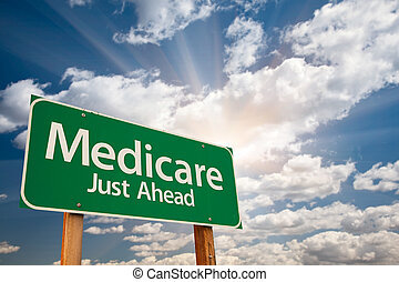 sur, nuages, assurance-maladie, panneaux signalisations, vert