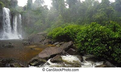 sur, son, phnom, chute eau, whitewater, cambodge, roars, kulen