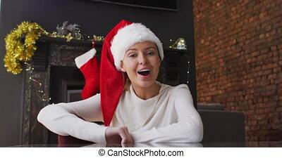 surpris, onduler, chapeau, portrait femme, santa