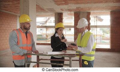 surveillant, ouvrier manuel, site, construction, réunion, ingénieur
