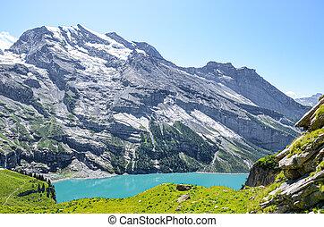 switzerland., alps., turquoise, été, paysage, suisse, kandersteg, populaire, attraction, lac, alpin, neige-couvert, montagnes., oeschinensee, beau, escarpé, touriste, entouré