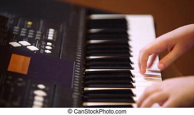 synthétiseur, girl, jeune, jouer