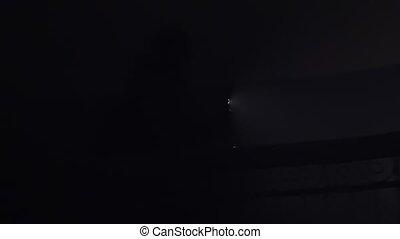 téléphone, lampe électrique, sombre