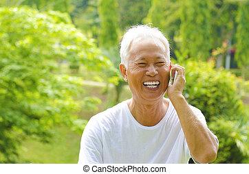 téléphone, personne agee