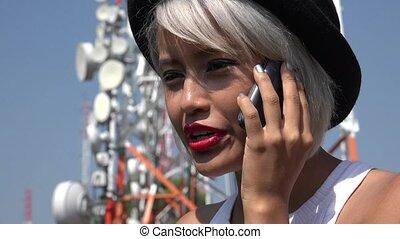 téléphone portable, femme, asiatique, conversation