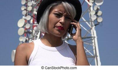 téléphone portable, femme fâchée, conversation