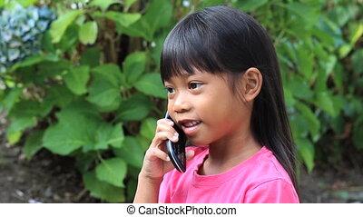 téléphone portable, petite fille, conversation