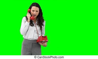 téléphoner femme, conversation, agressivement