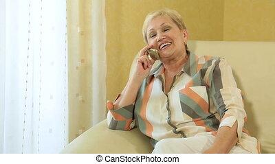 téléphoner femme, gai, mûrir