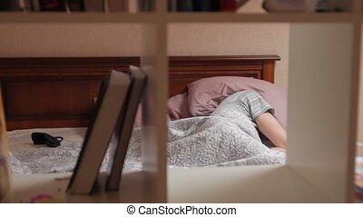 tête, oreiller, couvertures, homme