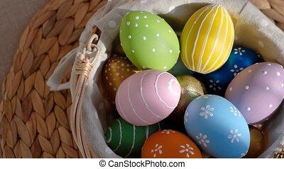 table., arrière-plan., heureux, coloré, oeufs pâques, blanc, bois, busket