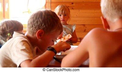 table bois, badine manger